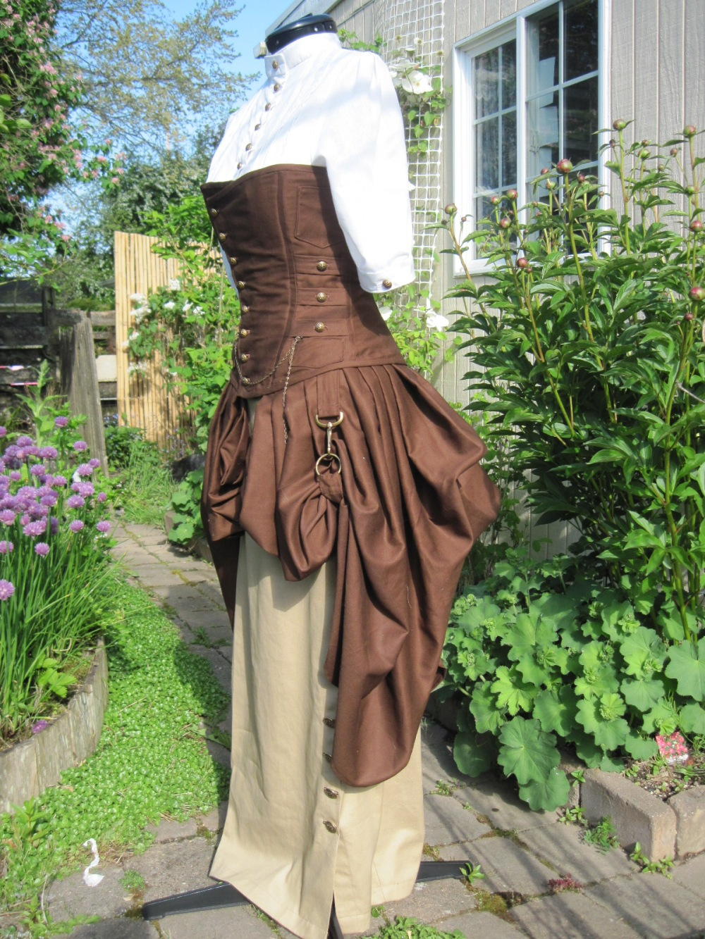 A side view of Philomena's costume.