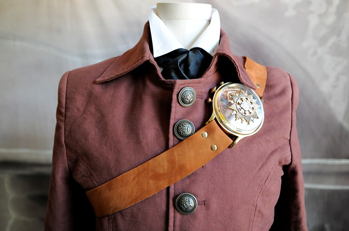 A close-up of the coat and chest piece.