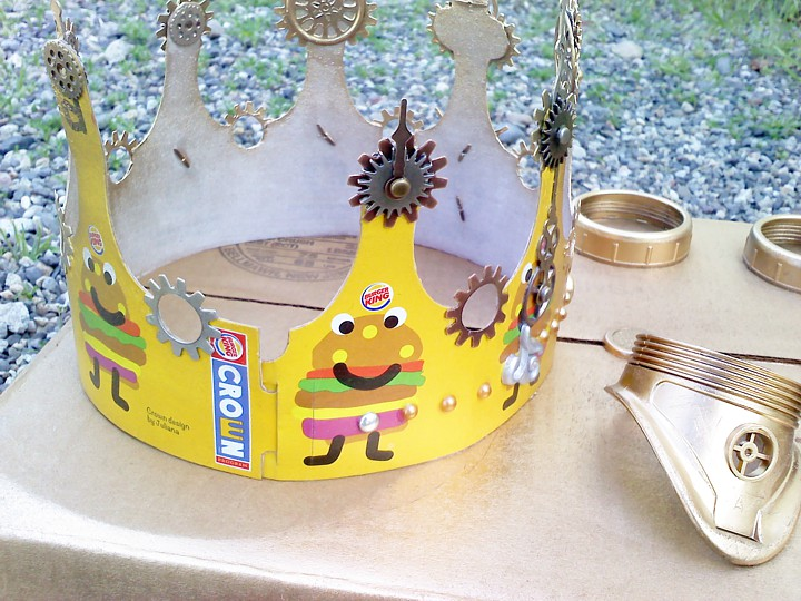 I closed the crown and took it outside for painting.